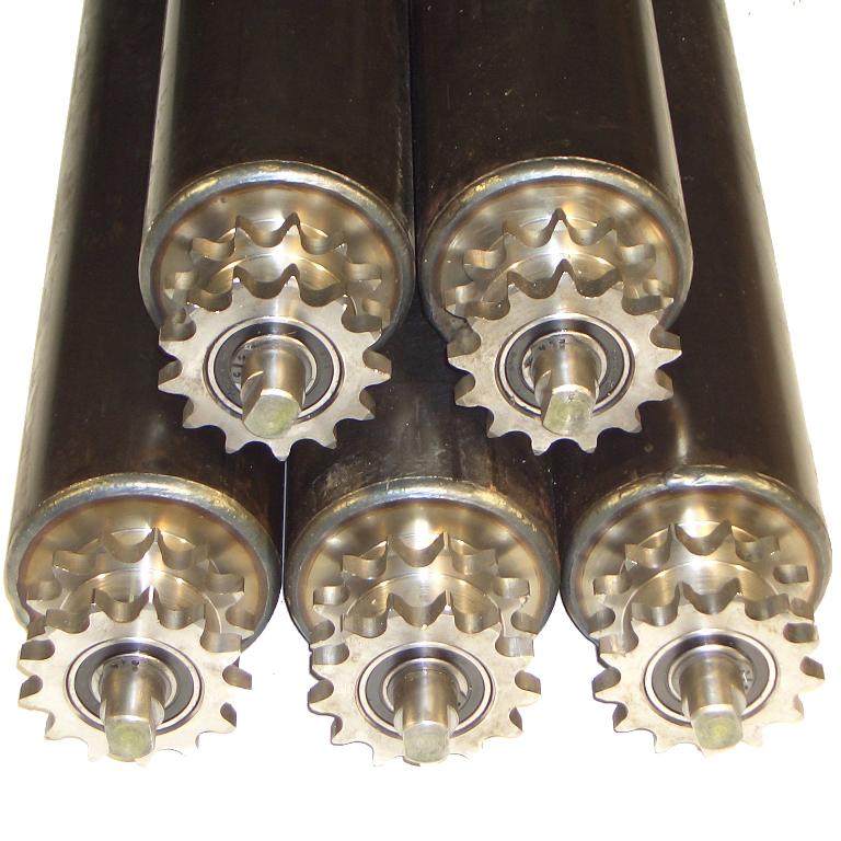 Rouleau de manutention en acier équipé de pignons pour entraînement par chaîne