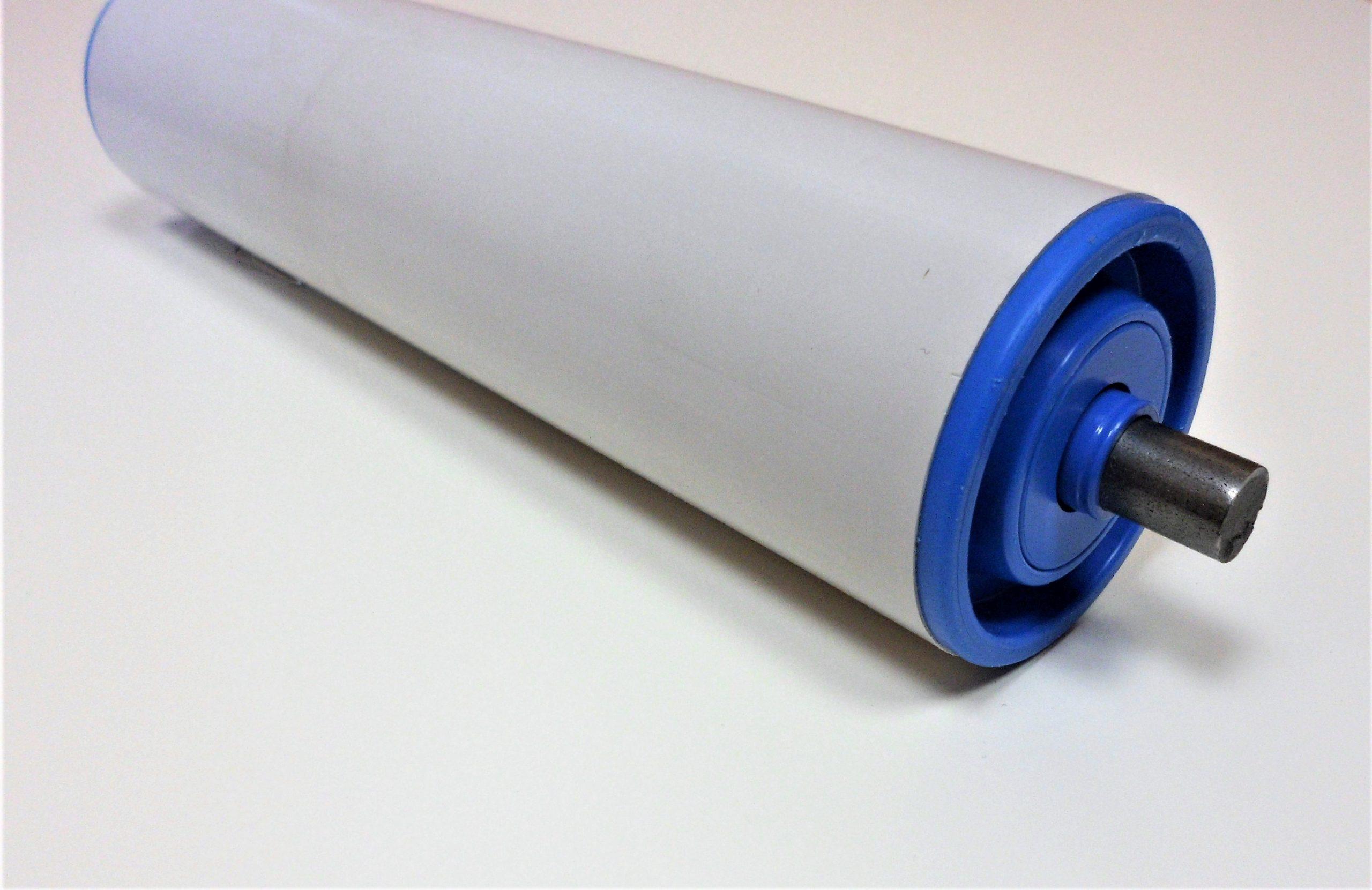 rouleau pour convoyeur avec tube pvc, axe inox et roulements gravitaires avec billes inox
