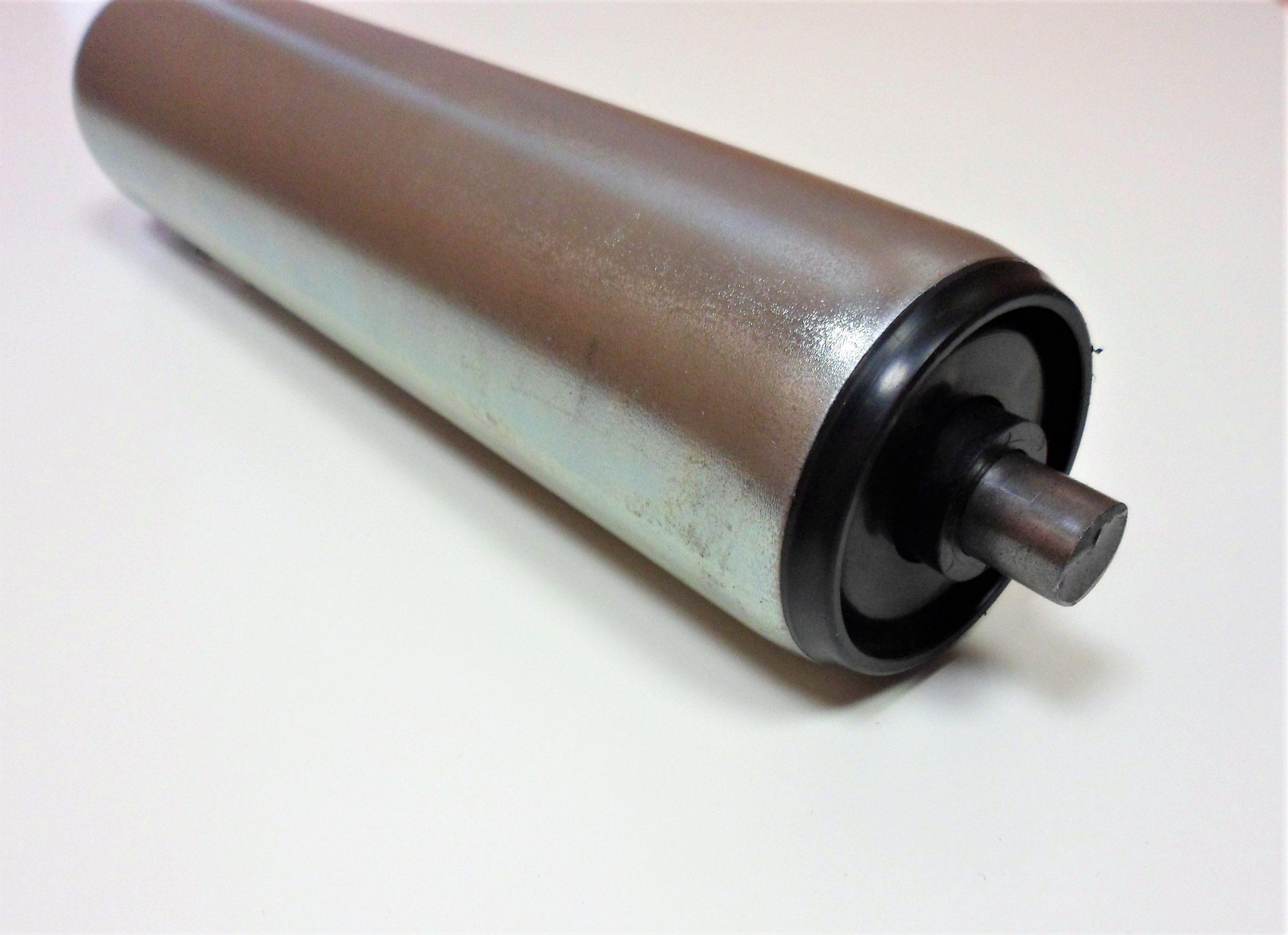 rouleau acier pour convoyeur à roulements gravitaires avec embouts plastique